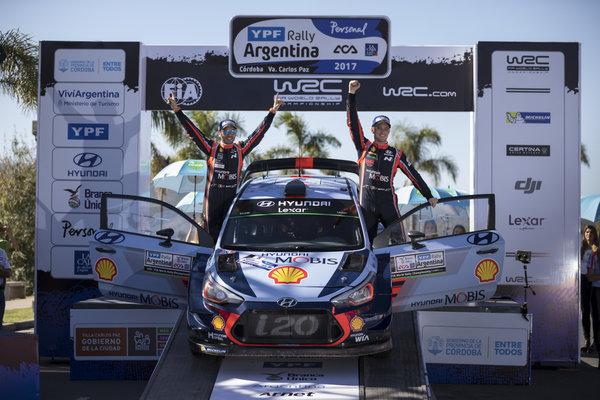 2017_WRC_Argentine_Neuville_Dimanche.thumb.jpg.fe5ec6c9658a0a2857e5ca64b97fecb9.jpg