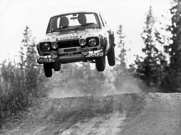 1975-world-rally-championship-8910091.jpg.b8bd0e0217bf6d1fb1aa5c3cb18de1f8.jpg