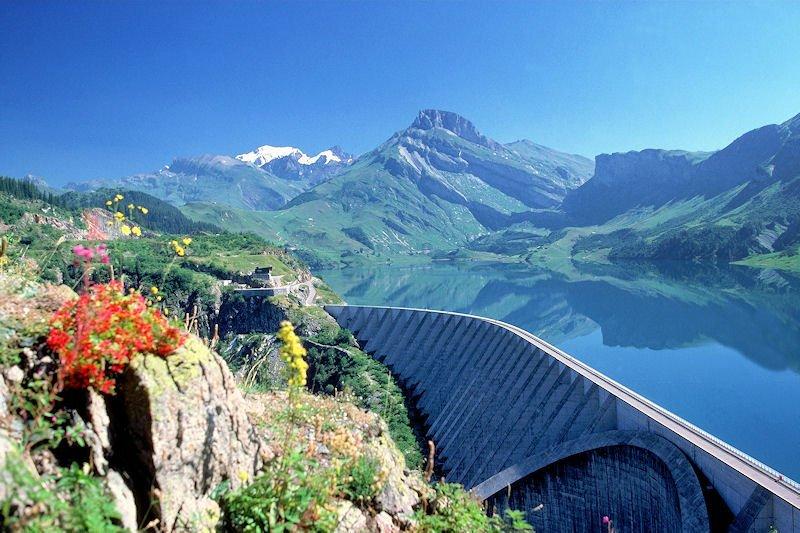 barrage-de-roselend_4eea00d8b6276.jpg.503332e6494ebfdf4af491097f46940f.jpg